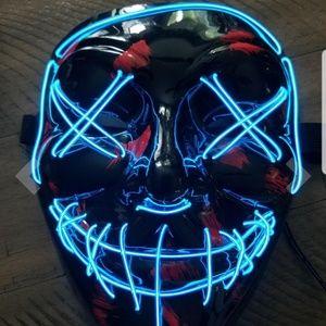 Nwt Halloween mask